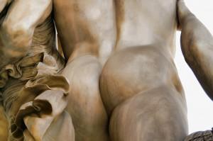 statue round butt