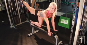 Best Butt Exercises: Cable Kick Backs